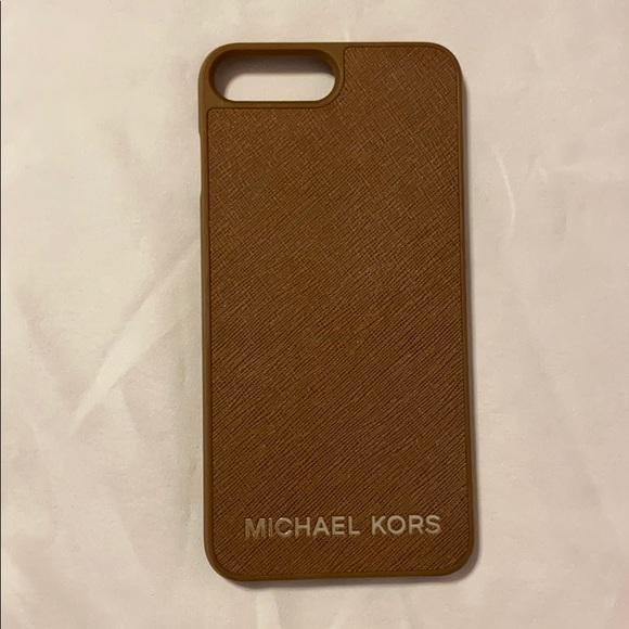 Michael Kors Accessories - Michael Kors Iphone 7/8 Plus Leather Phone Case